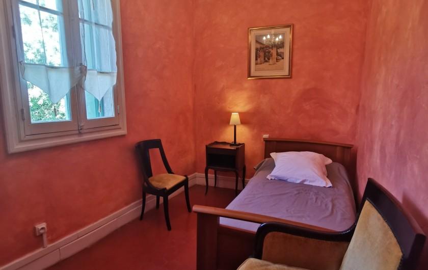 Location de vacances - Chambre d'hôtes à Jonquières - Petite chambre  Plumbago