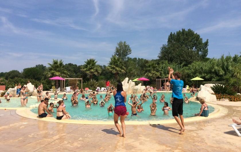 Location de vacances - Camping à Argelès-sur-Mer - Danse village