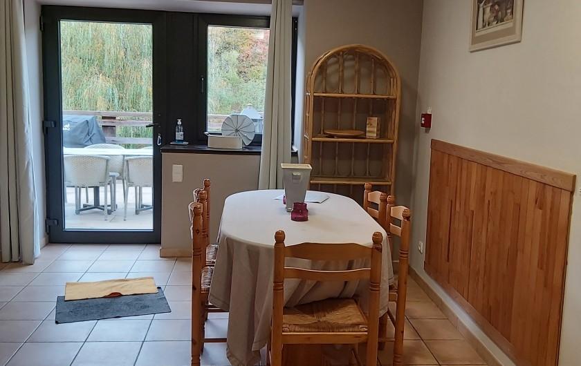"""Location de vacances - Gîte à Haut-Fays - Gîte """"La Maison"""" chambre double"""