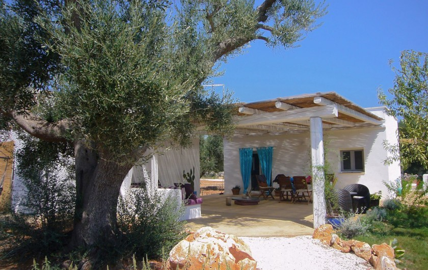 Location de vacances - Villa à San Vito dei Normanni - Villa vue de la piscine