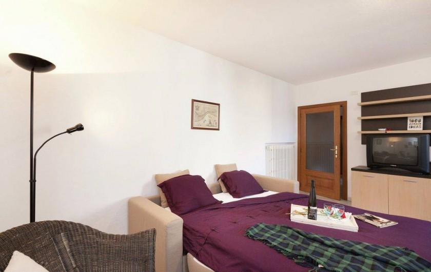 Location de vacances - Maison - Villa à Cremia - Séjour avec  1 Canapé-lit double.