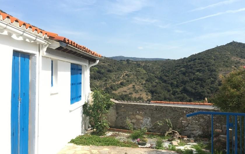Location de vacances - Appartement à Perpignan - terrasse coté cuisine.