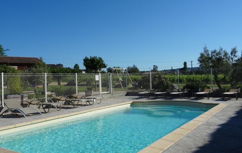 Location de vacances - Gîte à Ruoms - piscine des chalets