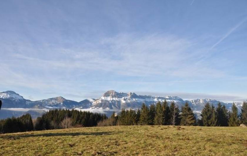 Location de vacances - Gîte à Grenoble - vue sur Chartreuse