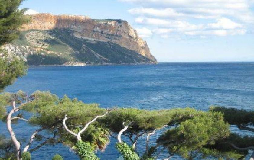 Location de vacances - Appartement à Cassis - vue depuis la terrasse