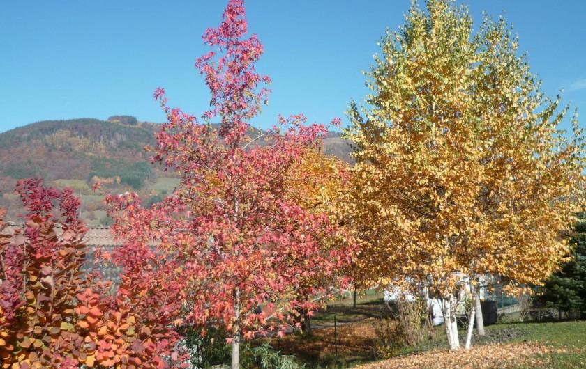 Location de vacances - Chalet à Theys - paysage automne