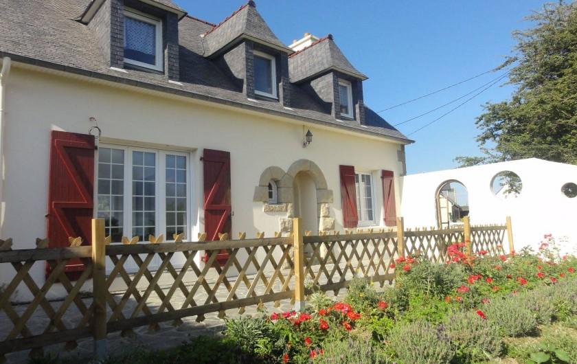 Location de vacances - Villa à Ploubazlanec - Poésies des étoiles- Vue façade / terrasse