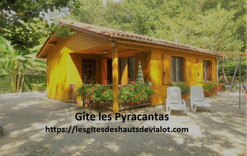 Location de vacances - Gîte à Auriac-du-Périgord - Gite les Pyracantas