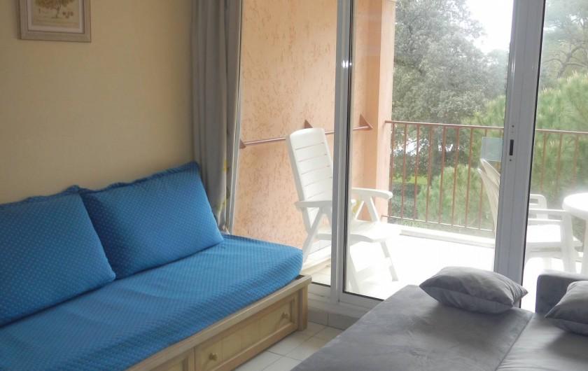 Location de vacances - Appartement à Hyères - séjour