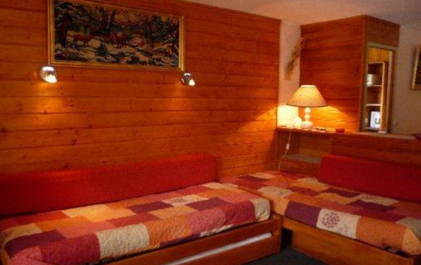 Location de vacances - Appartement à Les Menuires - Pièce de vie : coin montagne
