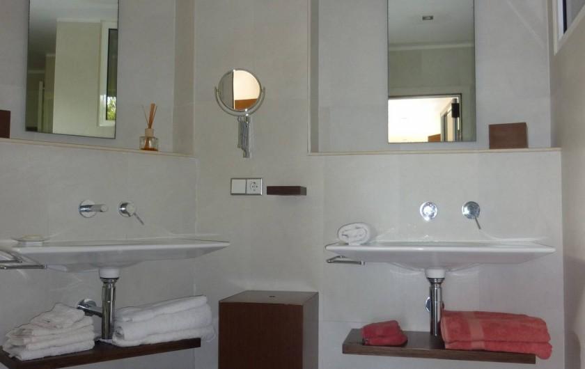 Location de vacances - Villa à Altea - salle de bain nº 1 en suite avec douche à l'italienne