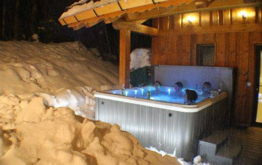 Location de vacances - Chalet à Valmorel - JACUZZI PRIVATIF
