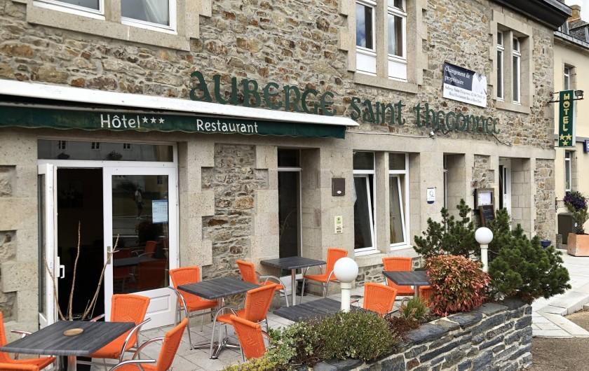 Location de vacances - Hôtel - Auberge à Saint-Thégonnec - Facade de l'Auberge