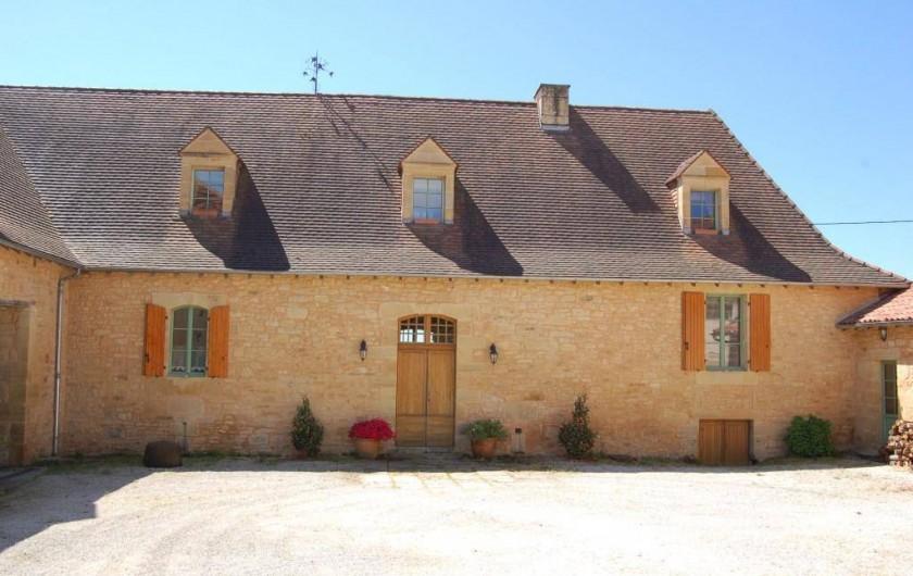 Location de vacances - Gîte à Saint-Médard-d'Excideuil - La Girouette coté cours