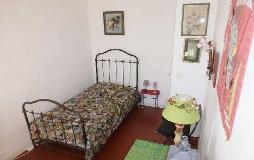 Location de vacances - Appartement à Six-Fours-les-Plages - Chambre lit une place (+ possibilité lit d'appoint)