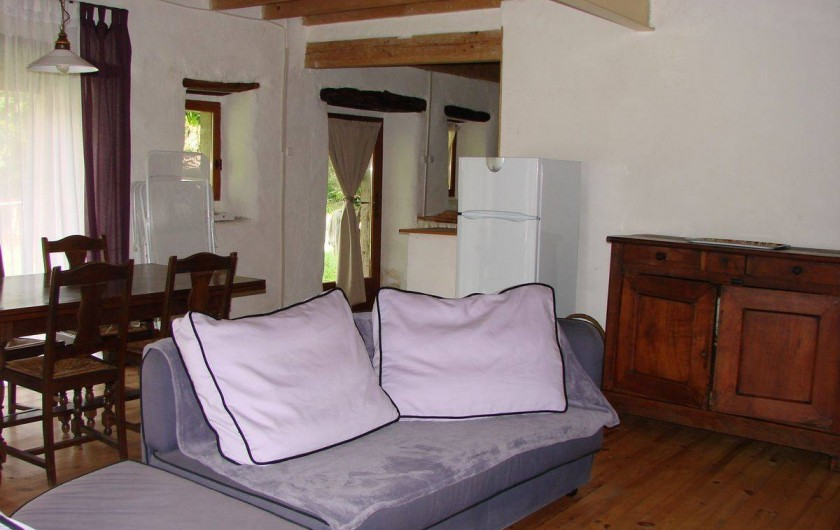 Location de vacances - Gîte à Vernoux-en-Vivarais - La grande maison (salle à manger + salon)
