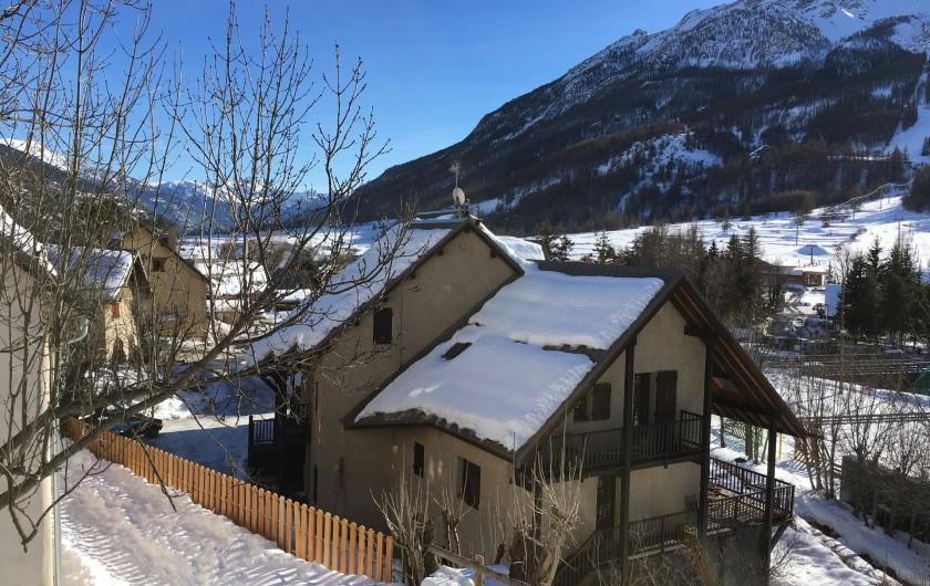 Location de vacances - Appartement à Le Monêtier-les-Bains - Vue direction Briançon