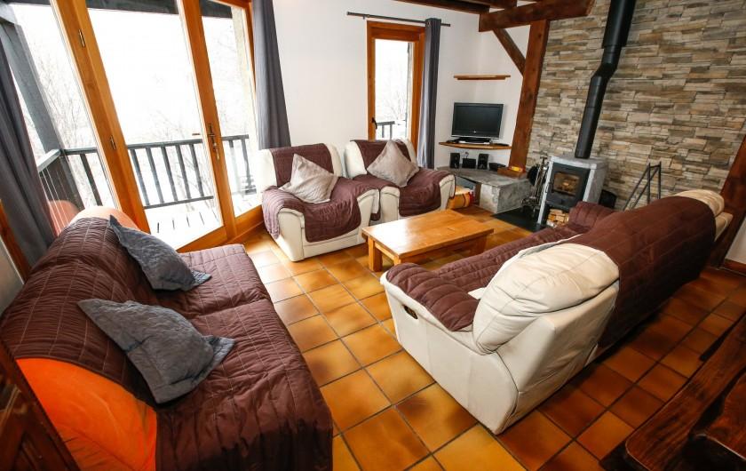 Location de vacances - Appartement à Le Monêtier-les-Bains - Pièce de vie côté salon