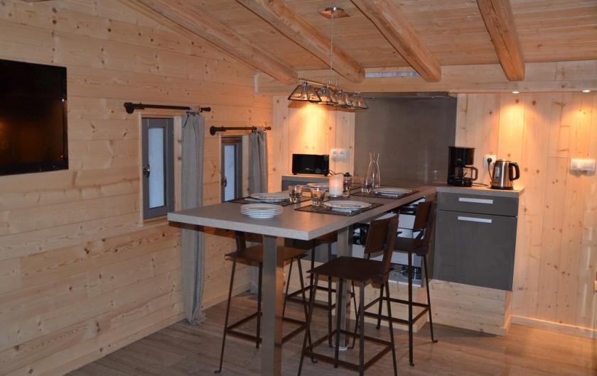 Location de vacances - Studio à L'Alpe d'Huez - Côté salle à manger