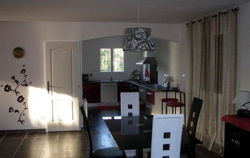 Location de vacances - Villa à Jouques - Cuisine/Salon