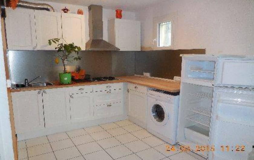 Location de vacances - Maison - Villa à Port-la-Nouvelle - grande cuisine aménagée grand confort
