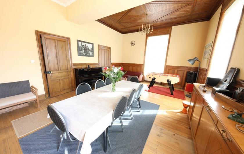 Location de vacances - Gîte à Raon-l'Étape - Salle à manger - Vue 2