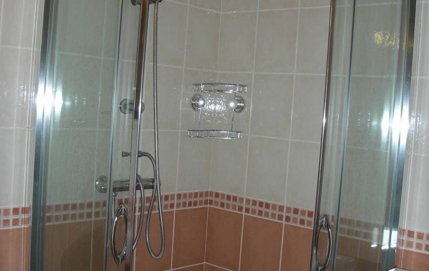 Location de vacances - Appartement à Avançon - douche