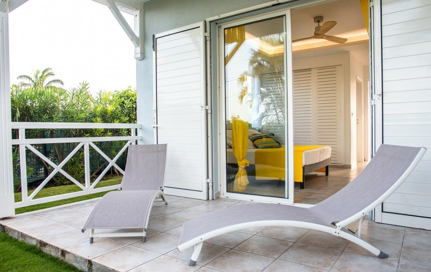 Location de vacances - Hôtel - Auberge à Saint-François - terrasse de la chambre