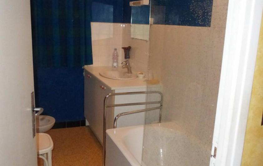 Location de vacances - Mas à Saint-Maurice-de-Cazevieille - Salle de bains