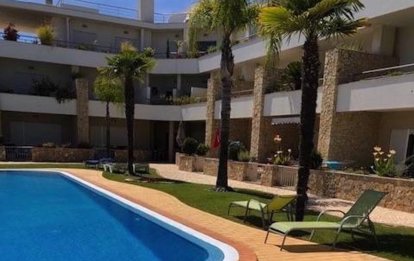 Location de vacances - Appartement à Olhos de Água - L'entrée de l'immeuble