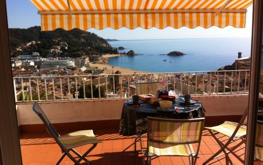 Location de vacances - Appartement à Tossa de Mar - TERRASSE LE MATIN DEPUIS LA SALLE