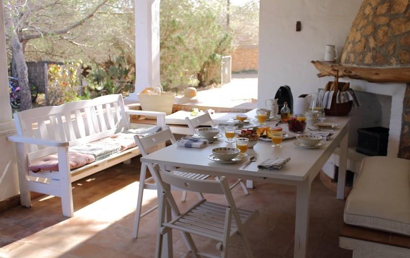 Location de vacances - Villa à Cap de Barbaria - The main terrace