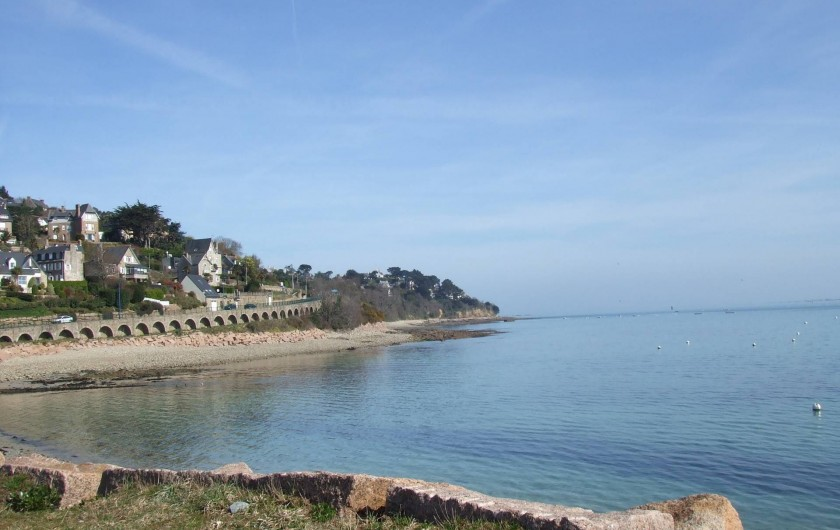 Location de vacances - Villa à Perros-Guirec - La mer à 100 m de la maison