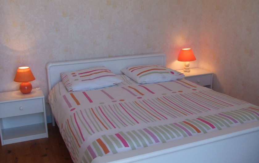 Location de vacances - Villa à Perros-Guirec - Chambre -  deux personnes à l'étage (vue sur mer)