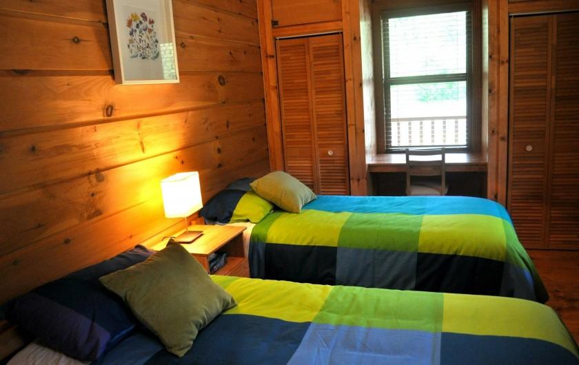 Location de vacances - Chalet à Val-David - Chambre LIBERTÉ - possible en lit king