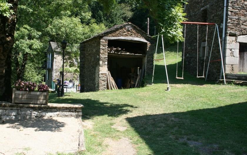 Location de vacances - Gîte à Lacrouzette - Hameau de Thouy Gite la Vallée