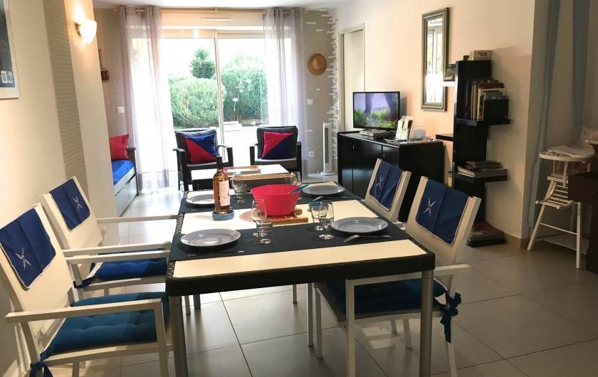 Location de vacances - Appartement à Sanary-sur-Mer - CAP SUD - Un lieu de vie spacieux et lumineux