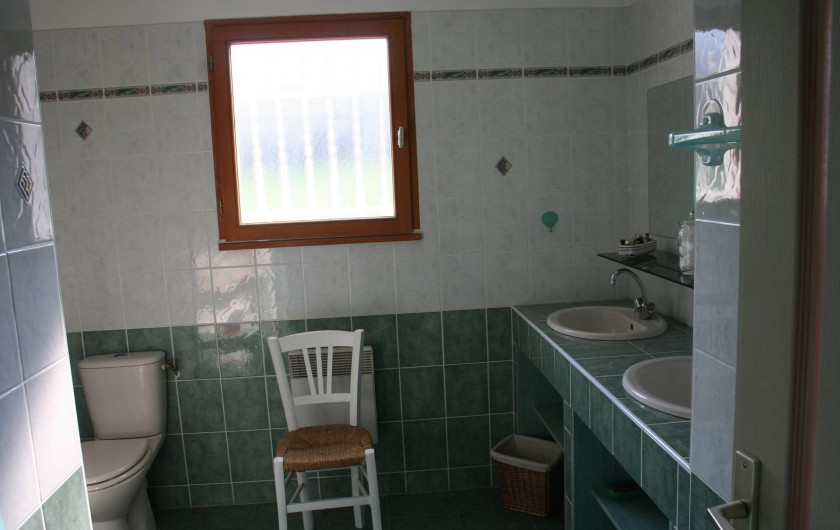 Location de vacances - Villa à Saint-Martin-sur-Lavezon - Salle de bains