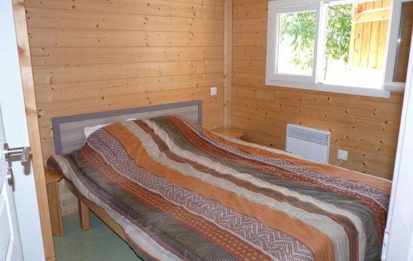 Location de vacances - Chalet à Saint-Alban-Auriolles - Chambre, Location de vacances,chalet Sud Ardèche Rev'o Thijol