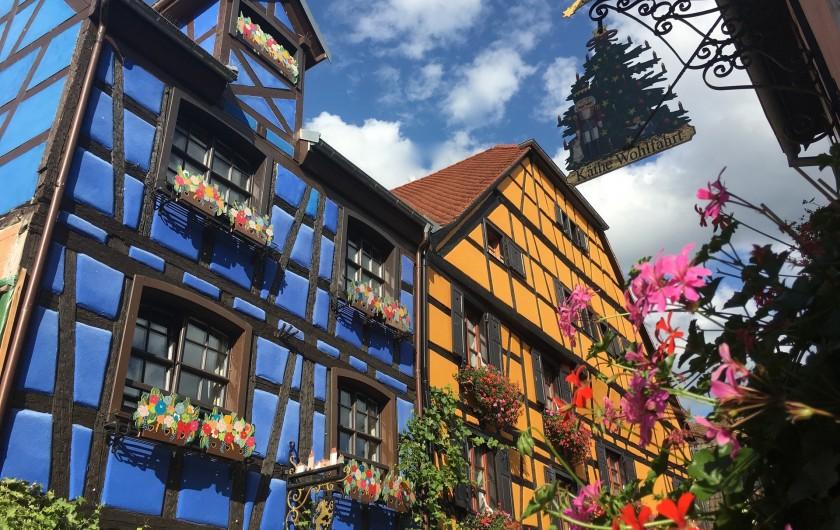 Location de vacances - Gîte à Ribeauville - Riquewihr situé à 3 Km du Gîte est une cité médiévale classée