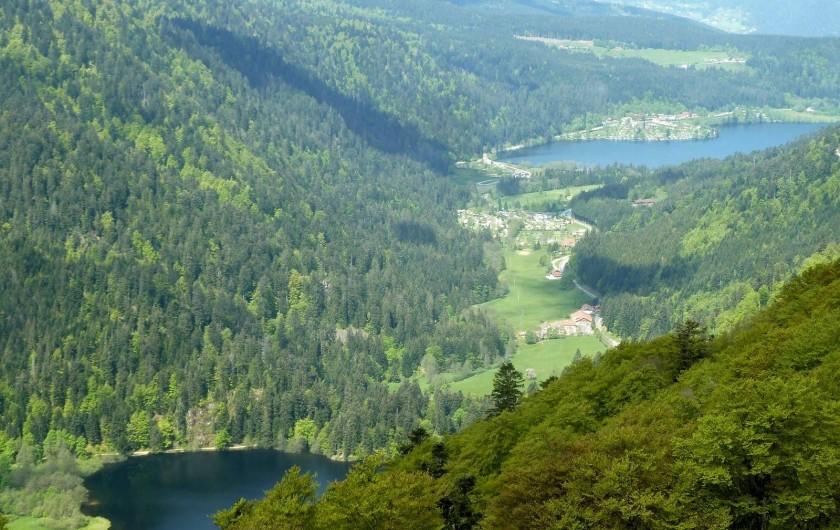 Location de vacances - Chalet à Basse-sur-le-Rupt - La Vallée des lacs est classé site naturel remarquable.