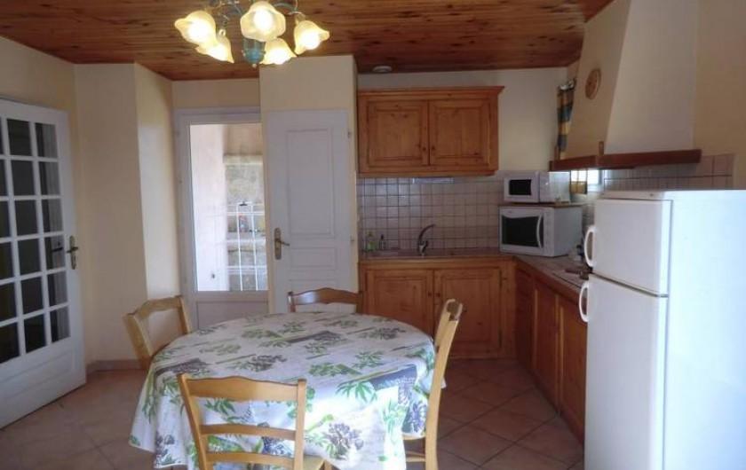 Location de vacances - Gîte à Vogüé - coin cuisine