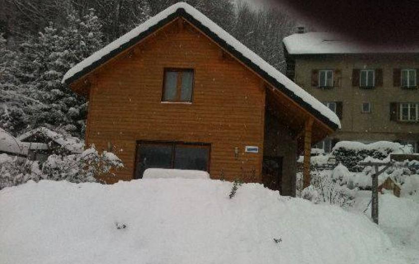 Location de vacances - Chalet à Saint-Hilaire - Glycine sous la neige