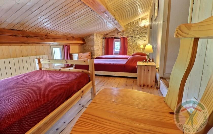 Location de vacances - Gîte à Tharaux - chambre triple