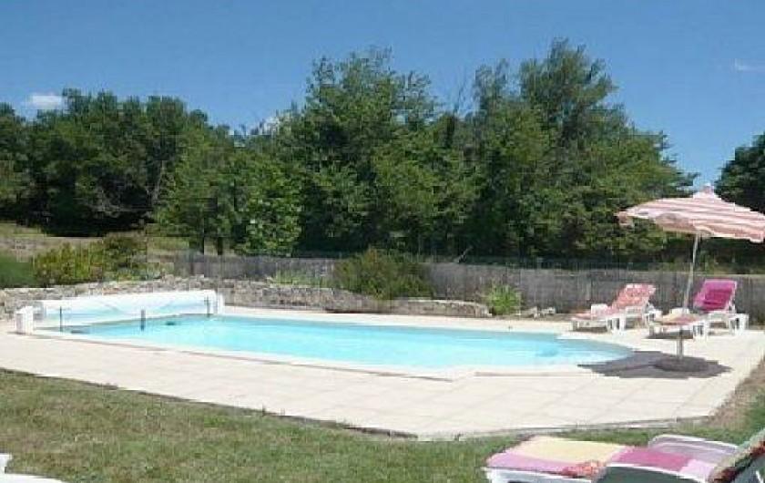 Location de vacances - Villa à Vallon-Pont-d'Arc - piscine