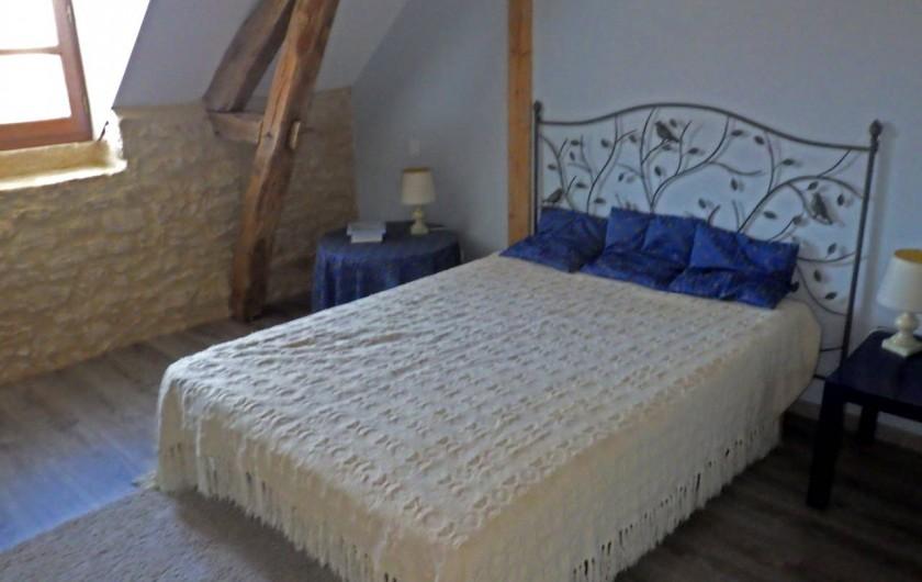 Location de vacances - Gîte à Dégagnac - Chambre 4: un grand lit