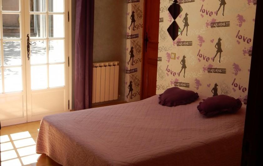 Location de vacances - Villa à Orange - chambre 2 literie 1.40 m