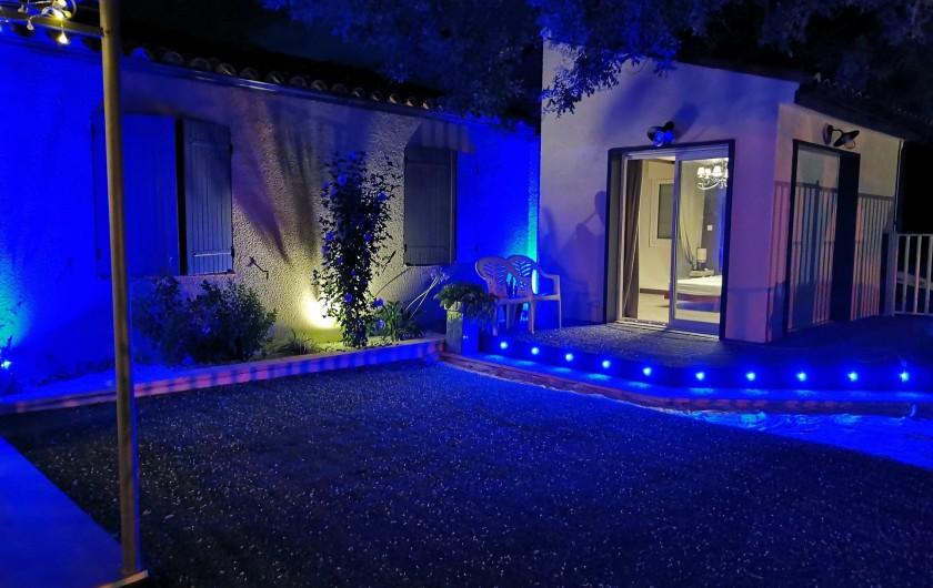 Location de vacances - Villa à Conilhac-Corbières - ECLAIRAGE DE NUIT