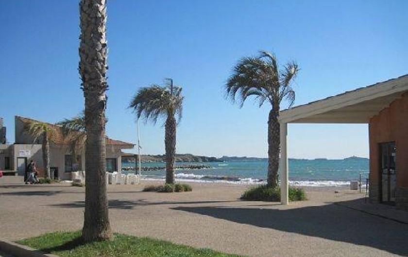 Location de vacances - Appartement à Six-Fours-les-Plages - Promenade pour se rendre à Sanary