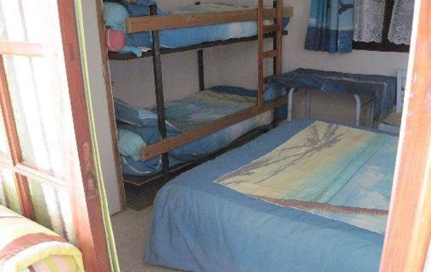 Location de vacances - Appartement à Six-Fours-les-Plages - 2 lits superposés dans la chambre